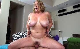 Sex ładnej, puszystej mamuśki - Maggie Green, Cycate
