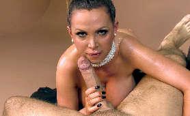 Cycata naoliwiona kurwa - Nikki Benz, Sex Hd