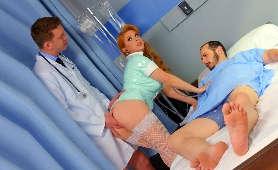 Porno bez zahamowań w szpitalu - Penny Pax, Pielęgniarka