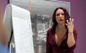 Ruda w biurze podczas prezentacji masturbowana zdalnie sterowanym wibratorem - Monique Alexander, Sex Hd
