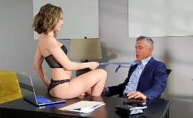 Zrobi wszystko aby nie zostać zwolnioną z pracy - Kimmy Granger, Sex Hd