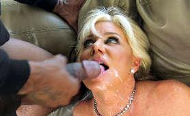Porno emerytki, która dostaje spermę na twarz z wielkiego kutasa murzyna - Payton Hall, Sex Hd