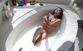 Dobre Porno - Kaylani Lei, Sex W łazieńce
