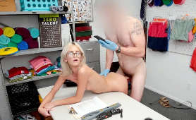 Sexy porno od tyłu w biurze - Tallie Lorian, Sex Pary