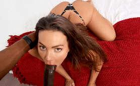 Seks film mamuśki z dużym kutasem w ustach - Abigail Mac, Czarny Kutas