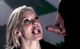 Ostre Porno - Kenzie Taylor, Nasienie Na Twarzy