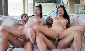 Tatusiowie uprawiają sex z pasierbicami - Mia Taylor, Sera Ryder, Quinton James, Damon Dice, Odwrócony Jeździec