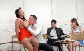 Sex Movies Porn Tube - Makayla Cox, Podwiązka