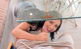Robienie laski pod stołem - Alina Lopez, Sex Hd