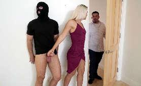 Zdradza męża z włamywaczem - Rharri Rhound, Zdrada Kontrolowana