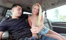 Sex Porno Film masturbacja w samochodzie - Riley Star, Małe Piersi