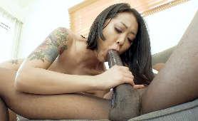 Sexy Filmiki z azjatką siorpającą murzynowi - Saya Song, Brunetki