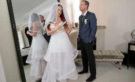 Free Porno poczas uroczystości weselnej - Skyla Novea, Panna Młoda
