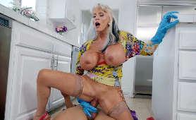 Sex zdrada gospodyni domowej - Sally D'Angelo, Jeden Na Jednego