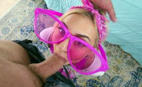 Seksi niunia wyruchana w usta - Chloe Temple, Blondynki