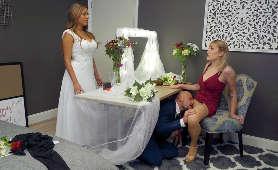 Lizanie cipki na weselu. Czy to zdrada? - Maxim Law, W Ubraniach
